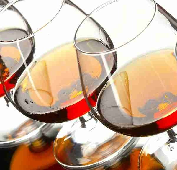 Элитные напитки в бутылях