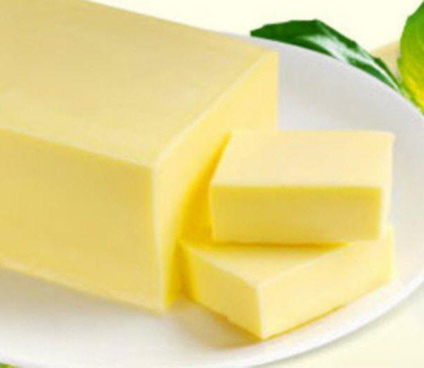 Масло сливочное 72,5%,82,5% Гост 52969-2008, производство РФ, конкурентная цена по запросу, доставка по России 2) Масло