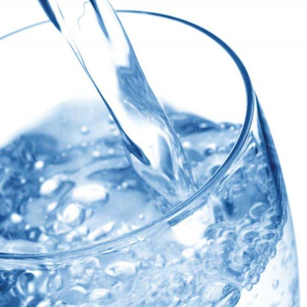 """Минеральная вода """"Светлояр"""""""